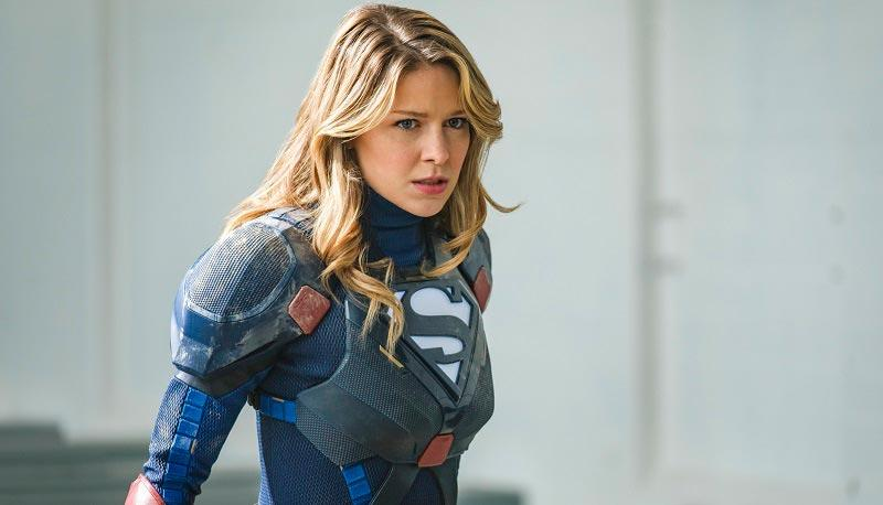 Супергёрл в новом костюме косит под железного человека
