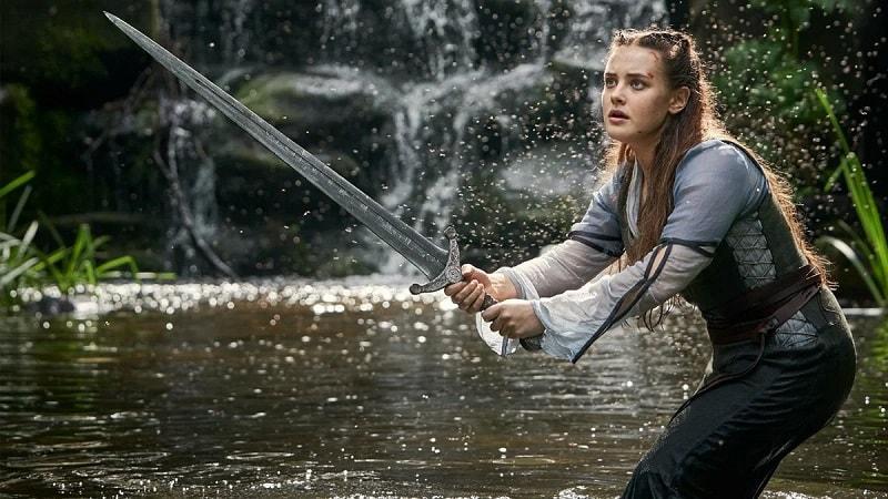 владычица озера со своим мечом